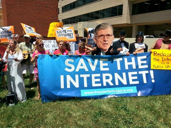 FCC-HArris-from-the-Post-Save-The-Internet.jpg