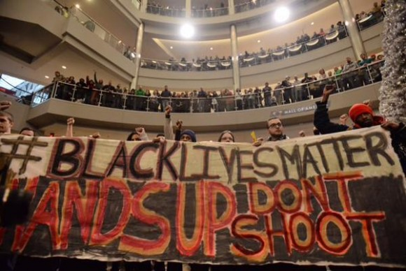 Black Lives Matter protest in America's mall 3